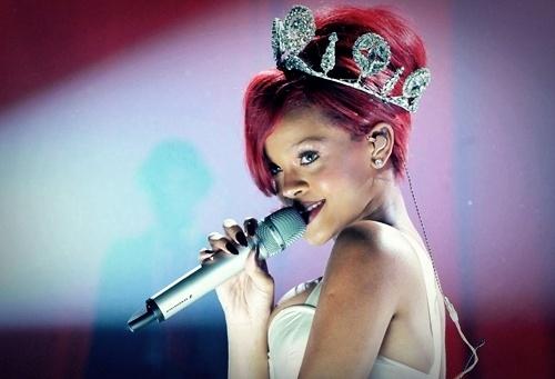 Fashion-glamour-photo-red-hair-rihanna-favim.com-88623_large