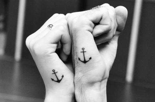 Anchor-anchor-tattoo-black-and-white-boy-couple-girl-favim.com-73416_large