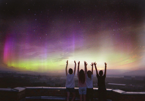 Aurora-friends-friendship-galaxy-h3rsmile.tumblr.com-photography-favim.com-101866_large