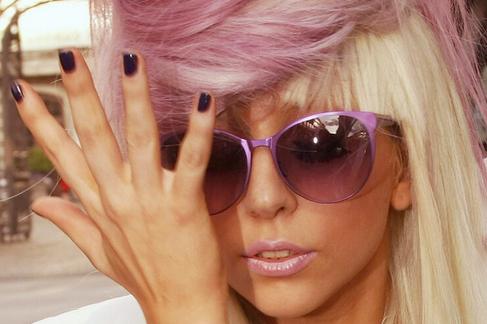 Bjork-knockoff-gaga-glasses-hair-lady-gaga-favim.com-110486_large
