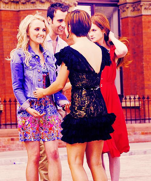 She wears Chanel♥