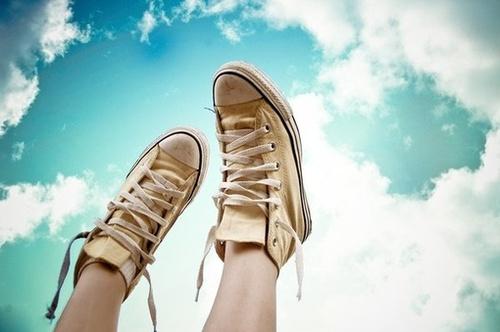 Las 13 claves para ser feliz Converse_large