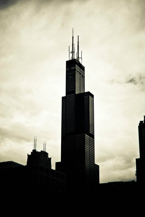 Willis Tower 285070_953262766939_32816563_42910114_178467_n_large