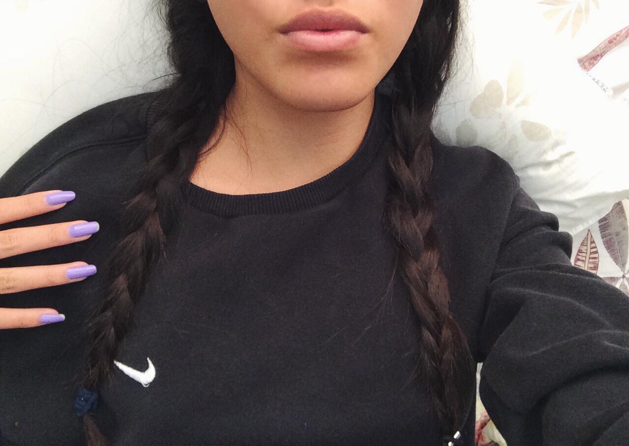 Красивые девушки с чёрными волосами 8 фотография