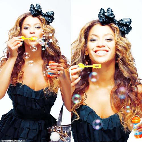 Beyonce-bubbles-diva-hair-smile-favim.com-113747_large