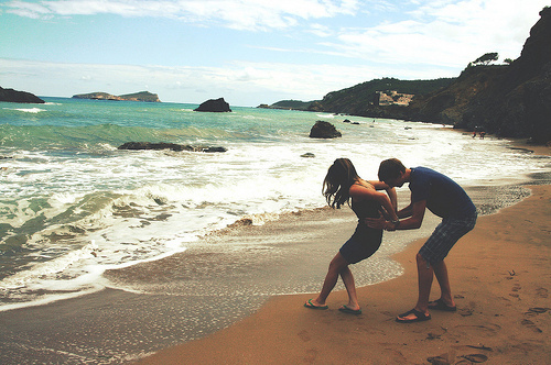 Beach-couple-friends-love-pair-favim.com-110621_large