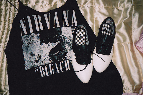Fashion-nirvana-shoes-tshirt-favim.com-114063_large