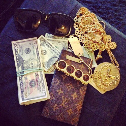 Pics For > Louis Vuitton Tumblr Money