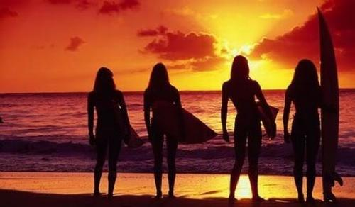 Silhouette_surfer-girls1_large