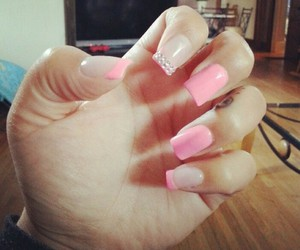 nails art design pink