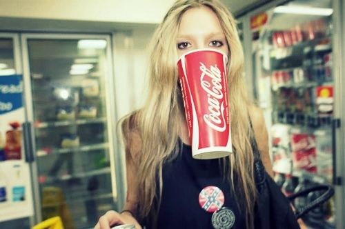 Black-blond-coca-cola-cool-eyes-girl-favim.com-109080_large