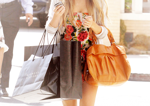 Bag-bags-floral-lauren-conrad-shopping-favim.com-49981_large