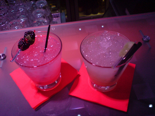 Alcohol-cocktails-drink-drinks-fashion-night-life-favim.com-77322_large