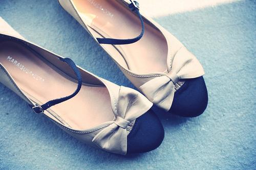 Bow-cute-fashion-flats-photography-favim.com-118556_large
