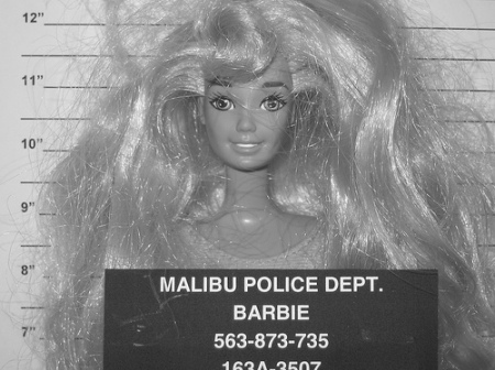 Barbie-black-and-white-doll-funny-malibu-favim.com-118521_large