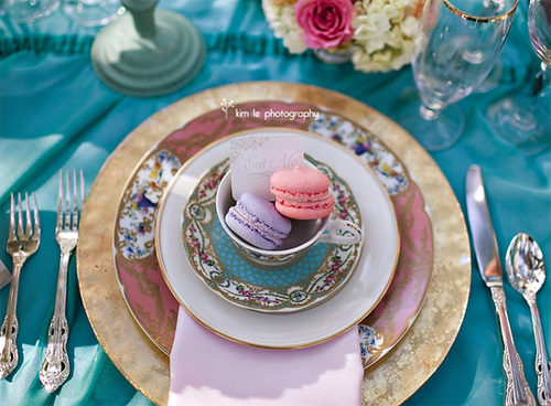 Alice-wonderland-place-setting_large