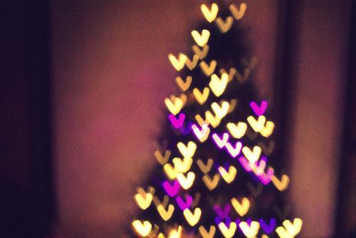 Bokeh-christmas-christmas-tree-colors-colours-favim.com-120365_large