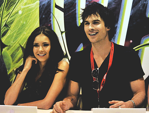 Damon-salvatore-elena-gilbert-ian-somerhalder-nina-dobrev-the-vampire-diaries-favim.com-120339_large