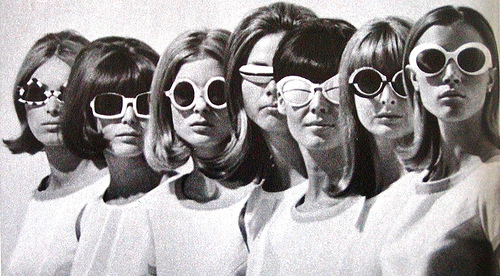 1960s-60s-fashion-glasses-mod-models-favim.com-53520_large