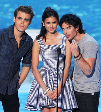 Vampire-diaries-2011-teen-choice-awards-red-carpet-08072011-lead_large