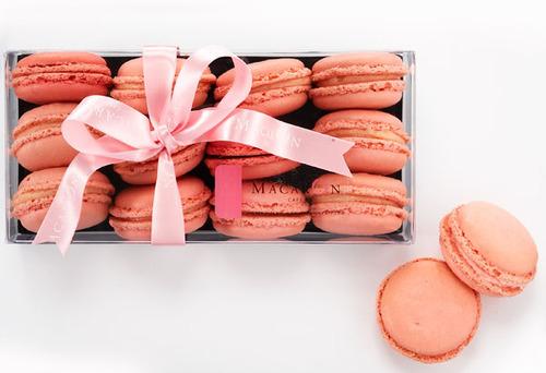 Cute-Food-macarons-macrons-pink-favim.com-120320_large