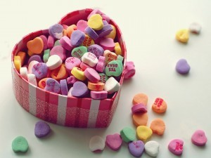 http://data.whicdn.com/images/13353515/wallpaper-macro-love-heart-hearts-love-colorful-jewelry-box-box-sweet-sweet1-300x225_large.jpg