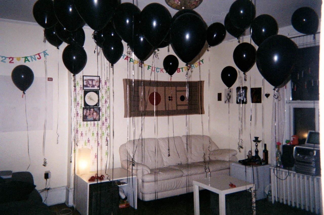 I Wanna Have A Party With Balloons As Black Your Soul