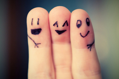 Cute-fingers-friend-friendship-favim.com-123332_large