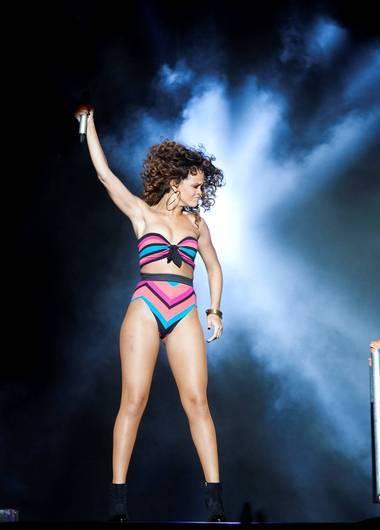 Rihanna-hoyde_large