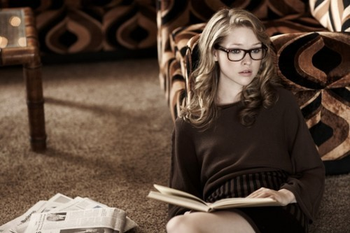 Blonde,bookworm,cute,glasses,girl,bedroom,fashion-573ab586351cea6d3614668568f9ea19_h_large