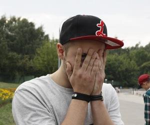 cap eye shy guy