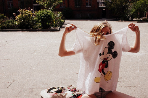 Blond-cute-girl-mickey-mouse-shirt-favim.com-127559_large