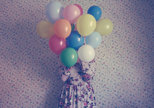 Baloon-dress-flowers-girl-room-favim.com-128312_large