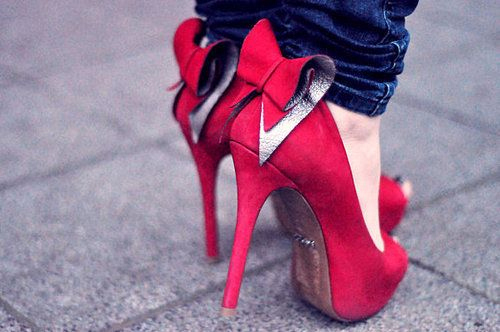 Bows-heels-red-shoes-favim.com-128633_large