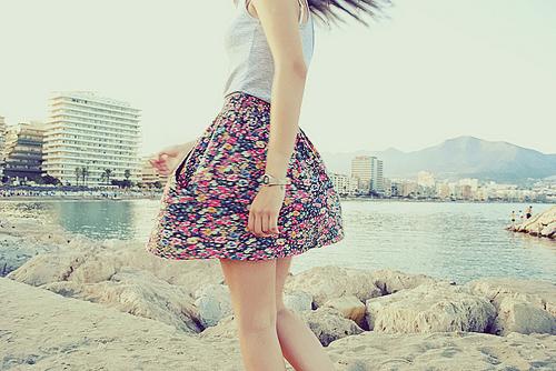 Colorful-cute-fashion-flowers-girl-favim.com-128739_large