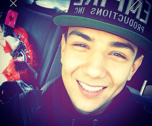 Luis coronel by mexicana10 on we heart it
