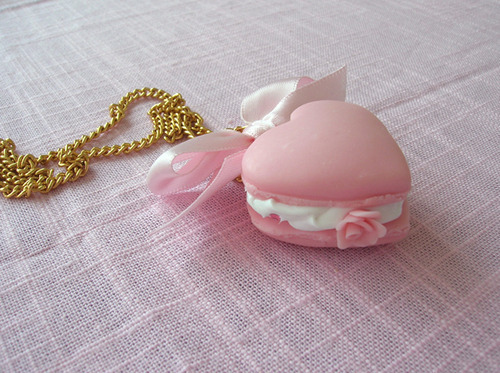 Accessories-adorable-beauty-bow-cake-favim.com-129424_large
