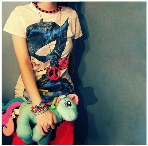 Fashion-girl-peace-pony-favim.com-130648_large