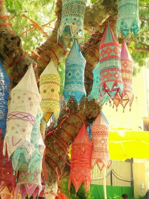 ThatBohemianGirl - My Bohemian Home ~ Outdoor Spaces Indian cloth...