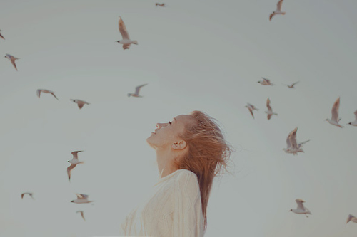Beautiful-birds-freedom-girl-inspiration-favim.com-131798_large