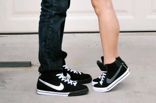 Boy And Girl Shoes Pic Style Guru Fashion Glitz Glamour