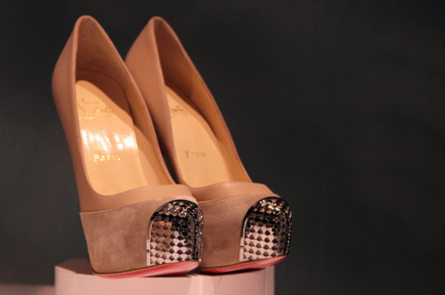 Beautiful-christian-louboutin-classy-expensive-fashion-gift-favim.com-100028_large