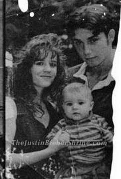 Justin-bieber-rare-family-picture_large