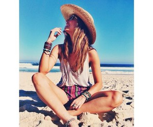 27 Images About Beach Photoshoot Ideas ♡ On We Heart It