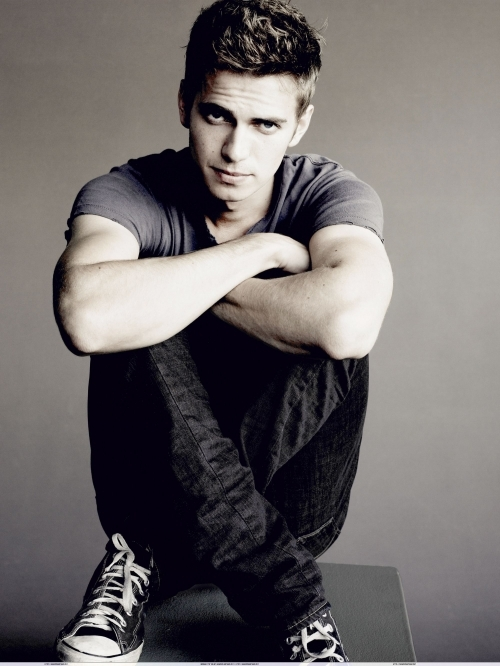 Male Actors in Their 20S http://weheartit.com/entry/14140397