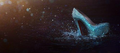 Christian-louboutin-spring-2011-footwear_large