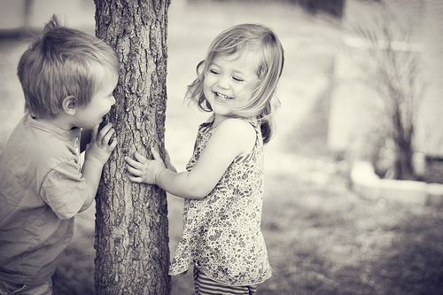 Black-and-white-children-happiness-kids-love-favim.com-124877_large_large