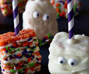 Halloween Marshmallow Treats | My Baking Addiction