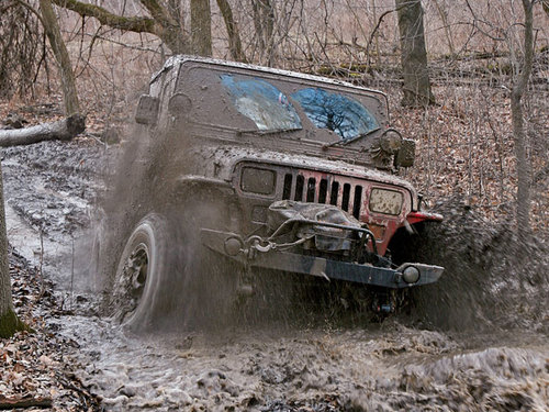 154_0807_07_z+jeeping_mounds_off_road_park_sinking_jeep+1988_jeep_yj_large