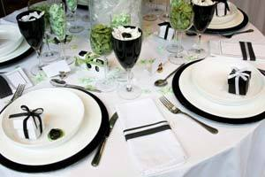 Black  White Wedding Decorations on Wedding Reception Decorations Black And White   Google Images   We